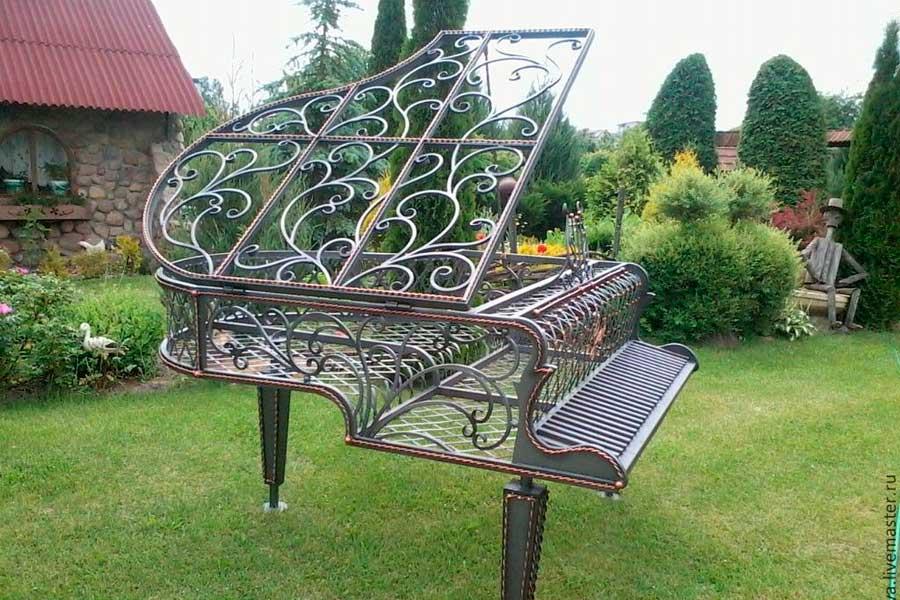 Кованное фортепиано
