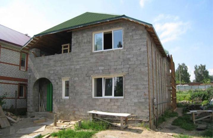 пример дома из керамзитобетонных блоков