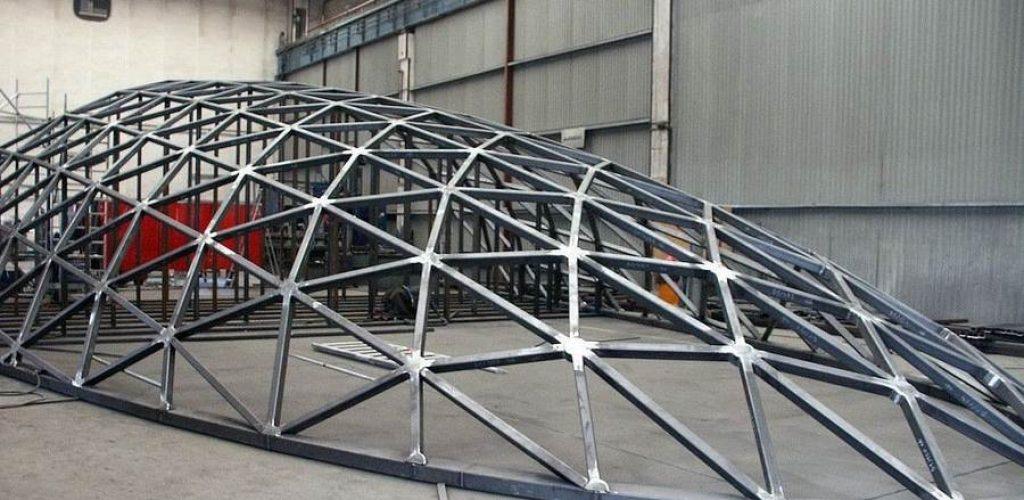 Сварной каркас крыши из металла
